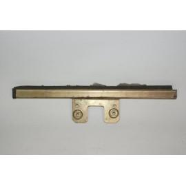 Metallhalterung Seitenscheibe vorne